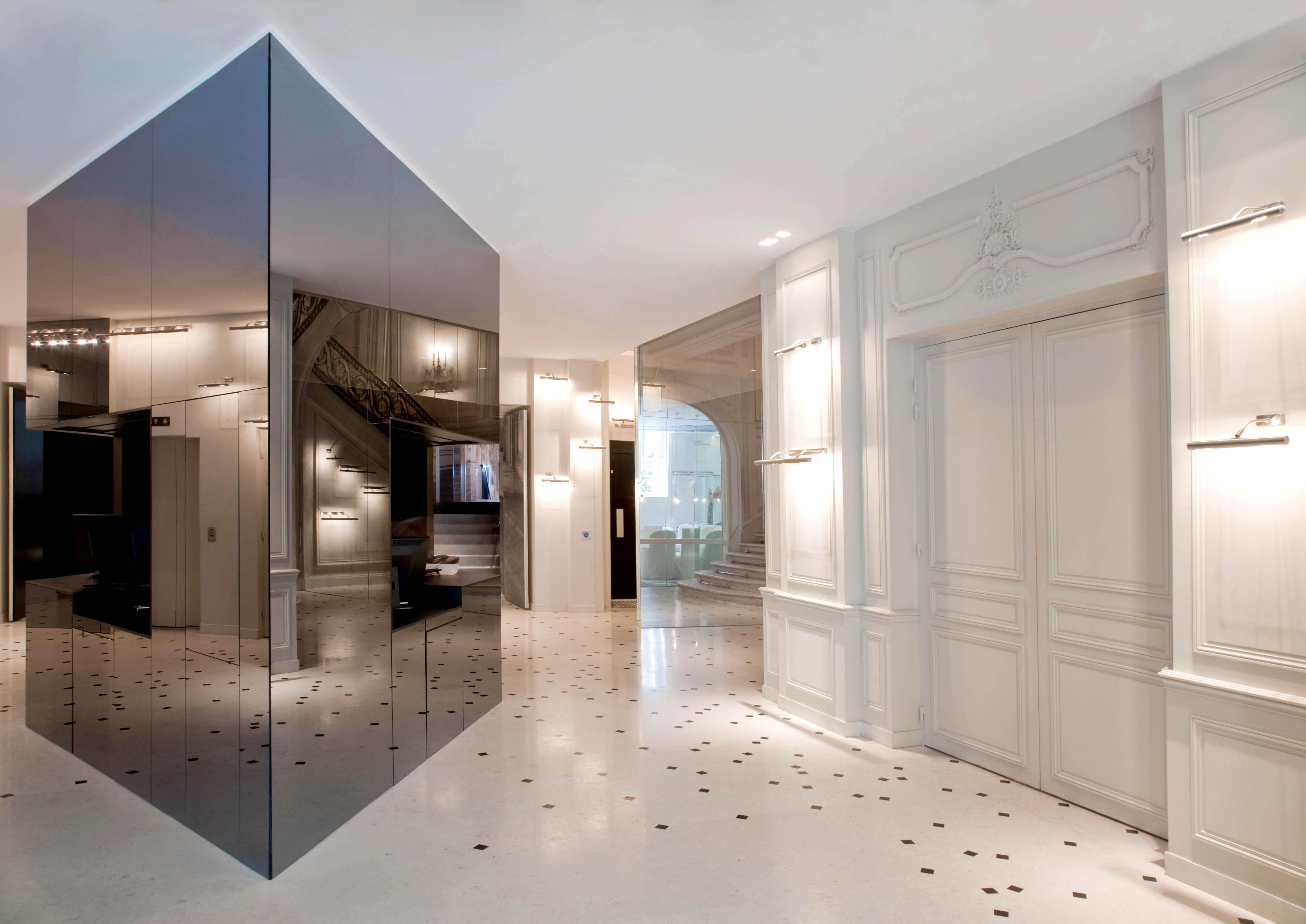 midddesign blog hotel maison champs elys es paris. Black Bedroom Furniture Sets. Home Design Ideas